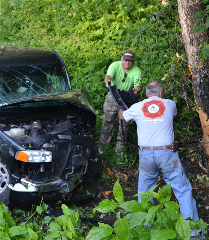 gallery/incidents-photos/vehicle-extrication-clean-up--medium-.jpg